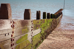 Westcliff Groyne. (TheRonst) Tags: beach sea seascape groyne architecture