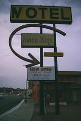(Talisman39) Tags: az arizona holbrook moenkopimotel route66 fujifp100c