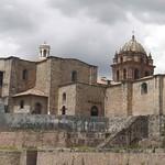Cusco: Sobre las estructuras prehispánicas del Qorikancha -el principal Templo dedicado al Sol-, se levanta el Templo y Convento de Santo Domingo de Guzmán