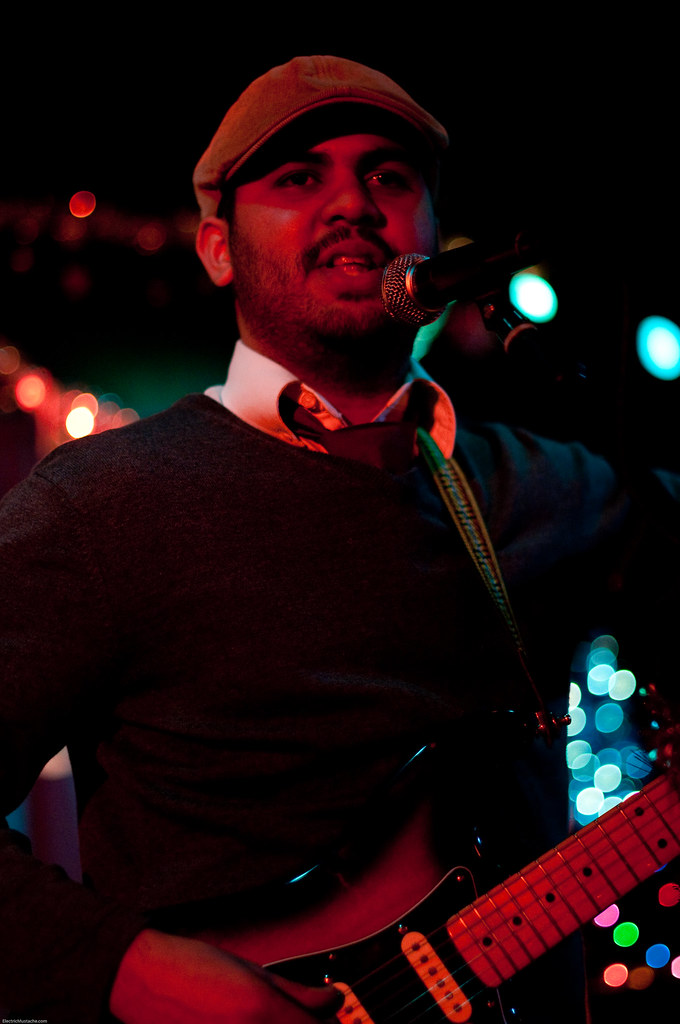 Rajiv Patel @ The Rhythm Room 12-22-09 (2 of 4)