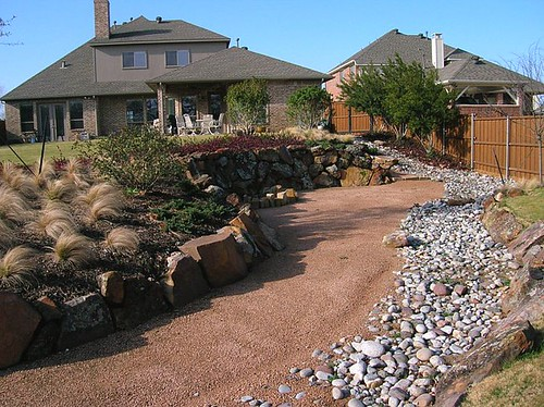 Retaining wall outdoor design