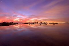 Sunset @ Hamala,Bahrain (Helminadia Ranford) Tags: longexposure sunset sky seascape reflection nature beautiful skyscape landscape photography yahoo bahrain google colours magic arab arabia passion hahahaha gcc helminadia hamala ubudgallery