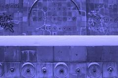 gwb   forgotten memorial (stoha) Tags: berlin memorial brunnen forgotten 1984 stephan gwb soh lichtenberg denkmal berlino fontne berlinlichtenberg fennpfuhl 10369 guessedberlin gwbmitue stoha wasserwand vergessenes klinkerwand antonsaewkowplatz jrgenkarnopp rudolfseiffertstrase1719
