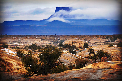 mesa blue fog and red yellow foreground canyonlands