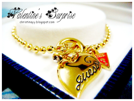 Guess Heart-Shape Bracelet