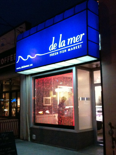 De La Mer Fresh Fish Market on Bayview Avenue