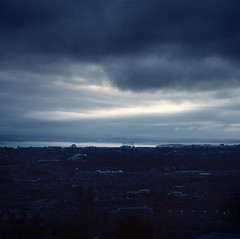 Firth (sixbysixtasy) Tags: city sunset sea sky colour 6x6 mamiya film scotland edinburgh cityscape kodak mf analogue mamiya6 firth ektar ignoretheexif couldntbebotheredtochangeit