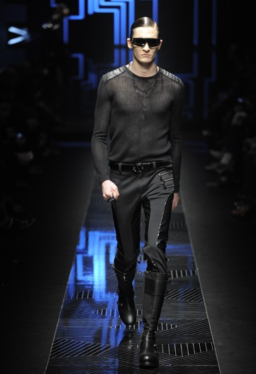 Matvey Lykov3154_FW10_Milan_Versace(WWD)