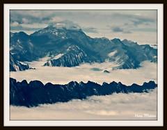 Olimpo en azul (Hotu Matua) Tags: mountains montagne plane aerialview aerial range avin monterrey montanha area cordillera montaas leo luftbild vistaarea delair