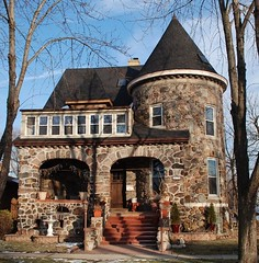 "historic Brookfield home from days of ""Grossdale"" (ihynz7) Tags: house architecture illinois brookfield boulderhome"