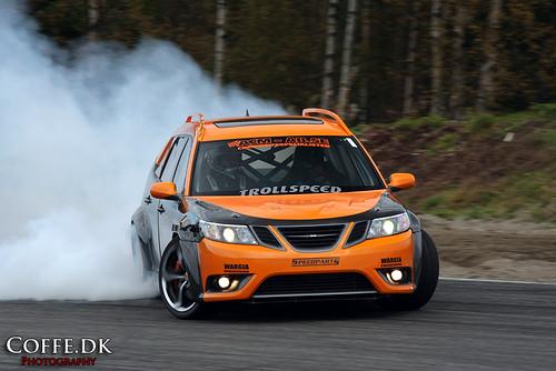 Drifting Rwd Saab 9-3 SportCombi Wagon