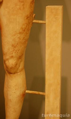 A forma de construir a escultura na Grécia Clássica