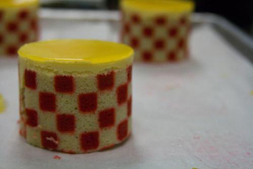stencil cakes