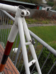 raleigh professional 1968? (Arnoooo) Tags: red england orange white black bike vintage cycling carlton steel raleigh professional 1968 seatpost campagnolo lugs chromed weinmann reynolds531 bicycycle cinellistyle