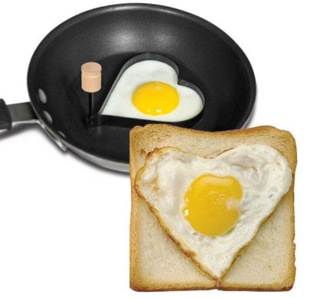 Heart-Egg-Molder