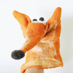 Fox puppet - close up (fingtoys) Tags: kids felted fun felt fox handpuppet fing wetfelting australianwool fingtoys
