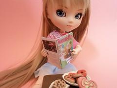 Yumi handmade re-ment (-gigina-) Tags: pink cute doll fimo clay wig groove pullip rement yumi obitsu junplanning rewigged