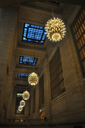 Lights in Hall @ Grand Central Station