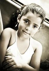 Fabianne Fleury (Fabio C. Fleury) Tags: 50mm criana 18 naturallightchildphotography lightroom3