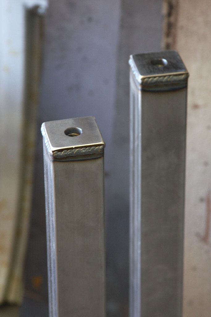 steel dining table legs