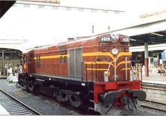 4520 - Central Station, Sydney. (Sandbunny2010) Tags: diesel central dieselengine centralrailwaystation diesellocomotive 4520 sydneycentral nswgr 100thanniversaryofcentralrailwaystation nswrailwaysdiesellocomotives