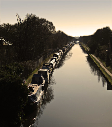 cheshire sale canals bridgewater narrowboats