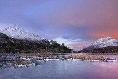 Pink Winter Sunrise on Loch Clair 2- Torridon, Scotland (cedric_g) Tags: pink winter sunrise landscape scotland nikon hitech torridon liatach lochclair scotlandlandscape nikond3x visipix stucachoiredhuibhbhig