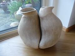 Twee in een. (Stekelroosje) Tags: keramiek marjol