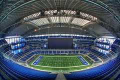 50 Yardline seats.... 4 miles up (Matt Pasant) Tags: arlington canon austin landscape dallas football texas tx nfl wideangle fisheye superbowl witten deathstar nosebleed romo 2011 50yardline aikman jerryjones jerryvision cowboysstadium imagetype americasteam photospecs nfceast canoneos5dmarkii jerryworld sigma15mmf28dgfisheye hopeidontfall