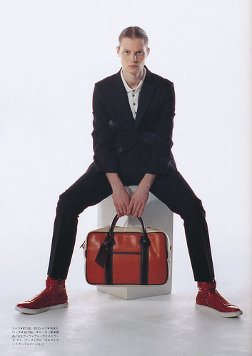 Magnus Alinder5081(Fashion News Men's152_FW10)