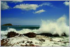 ES CANAR II (Pepe Rosell) Tags: blue sea sky seascape azul clouds island mar mediterranean mediterraneo wave ibiza cielo nubes eivissa ola mediterranee