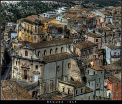 Old Sicily (Andrea Rapisarda) Tags: houses italy church geotagged italia case chiesa sicily casas zuiko eglise hdr sicilia notripod ragusa oly photomatix ragusaibla baroquestyle baroccosiciliano fourthird quattroterzi zd18180mm rapis60 andrearapisarda olympuse620 oldsicily geo:lat=36925949 geo:lon=14735799