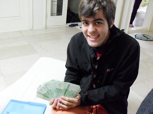 Fajo de billetes coreanos 10.000W