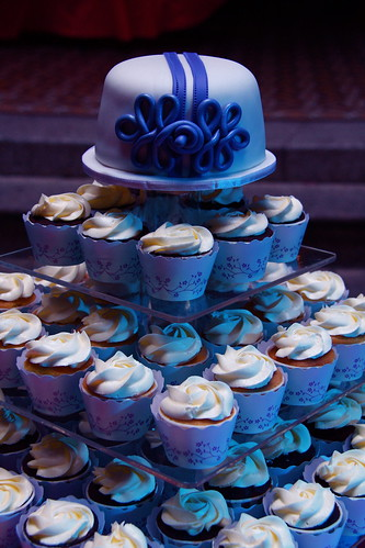Wedding cake & cupcakes with pretty cupcake wrapper