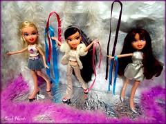 Kina - New Years Day (Carol Parvati ) Tags: hannah phoebe kina bratz cloe passion4fashion funkout wintergirlz carolparvati