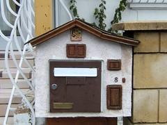Maisonnette  lettres (MAPNANCY) Tags: lettres bal