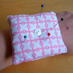 Wrist band pincushion