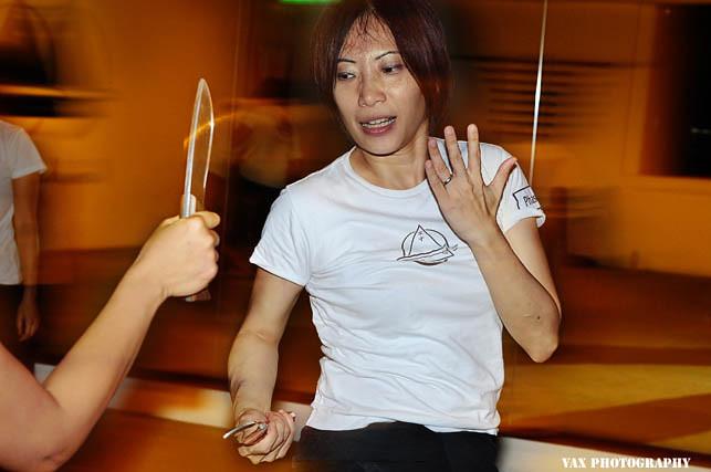 knife fight 02