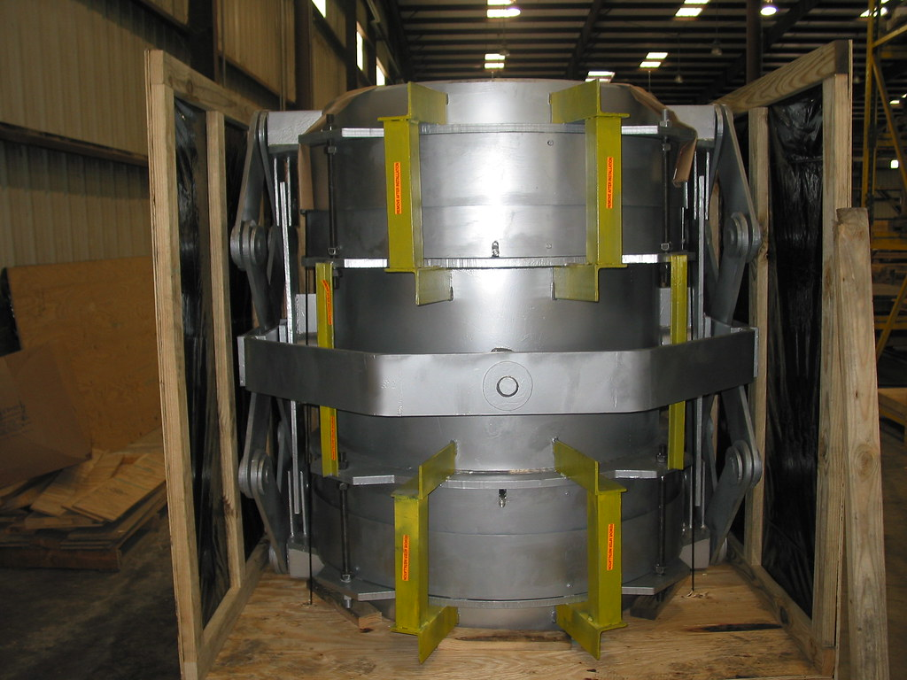 "48"" dia. Refractory Lined Expansion Joint for a Chemical Plant in Ecuador"