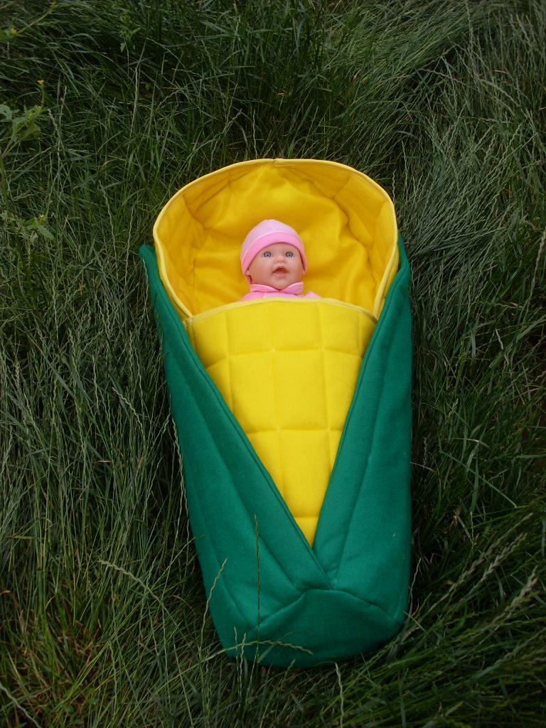 Infant Corn Cob Papoose