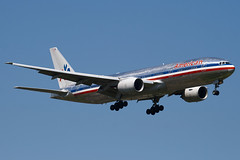 N772AN - 29580 - American Airlines - Boeing 777-223ER - 100617 - Heathrow - Steven Gray - IMG_4265