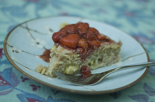 Rhubarb Cake with Strawberries