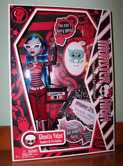 Ghoulia Yelps boxed (Veni Vidi Dolli) Tags: dolls mattel ghoulia monsterhigh ghouliayelps