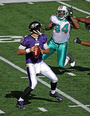 JOE FLACCO ON FIRST DRIVE (nflravens) Tags: usa football md miami quarterback maryland baltimore dolphins qb hunter ravens americanfootball miamidolphins baltimoremd baltimoremaryland mtbankstadium baltimoreravens mtbank profootball ravensfootball flacco nflravens miamifootball joeflacco billhunter shoreshotphotography baltimorefootball dolphinsfootball randystarks