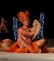 Tahiti (Phoenix Blue Parangon) Tags: mâle man masculin tatoo tatouage extérieur