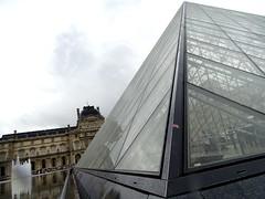 #Paris #museedulouvre#museum  #avenue #travelphotography #arcdetriomphe #travel #travelphotography #visitparis #France #parisjetaime #bluesky #summer#photooftheday#beautiful #wanderer #picoftheday#heute #today #himmelblau #himmel #blau #sky #blick #wolken (hassan.hd) Tags: beautiful visitlafrance clouds bluesky instapic arcdetriomphe france heute wolken museum paris worldplaces photooftheday glass today himmelblau museedulouvre picoftheday avenue sky travelphotography wanderer visitparis summer instagood blau parisjetaime blick himmel weekend travel