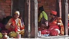 """NEPAL, Pashupatinath, Zu den Hindutempeln und Verbrennungsstätten,  Eine fremde Welt, 16314/8630 (roba66) Tags: reisen travel explore voyages roba66 visit urlaub nepal asien asia südasien kathmandu pashupatinath """"pashu pati nath"""" """"pashupati """"herr alles lebendigen"""" tempelstätte hinduismus shivaiten tempel verehrungsstätte shiva tradition religion menschen people leute frau woman portrait lady portraiture face gesicht"""
