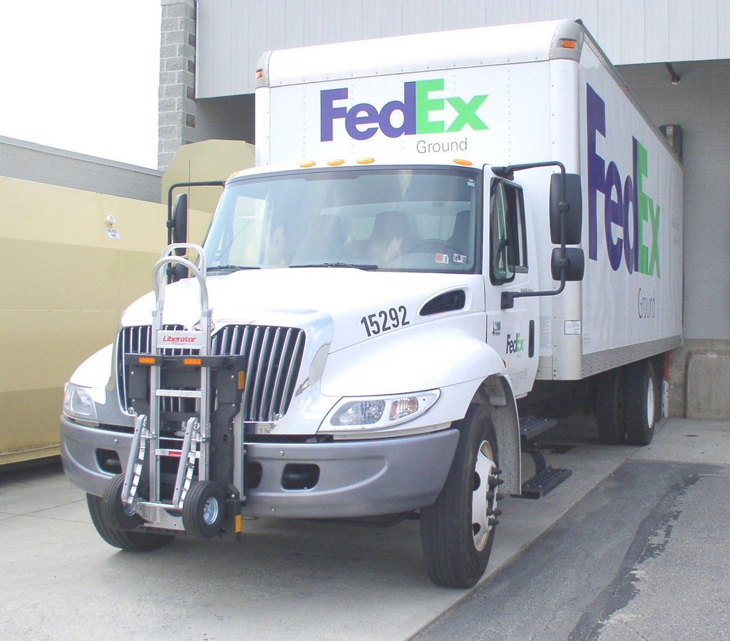 FedEx Ground truck 4200 series Navistar