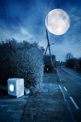 Night time washing machine in Canewdon (louisahennessysuou) Tags: blue moon night creepy spooky washingmachine essex southend southendonsea sigma2470mmf28 canewdon nikond700