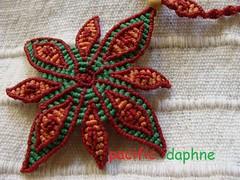 Estrella de Navidad (pacificdaphne) Tags: necklace handmade collar estrella macrame makrame artesania hechoamano macram christmasstar estrelladenavidad hiloencerado etoiledenoel